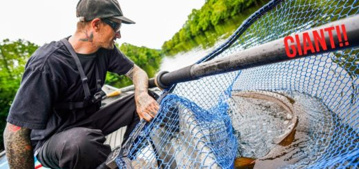 First-Time-MUSKY-Fisherman-Gets-BIG-Surprise-During-River-Float-Trip