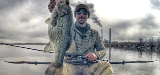 Winter-Fishing-On-A-Power-Plant-Lake
